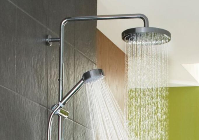 dual-shower-heads-have-many-settings